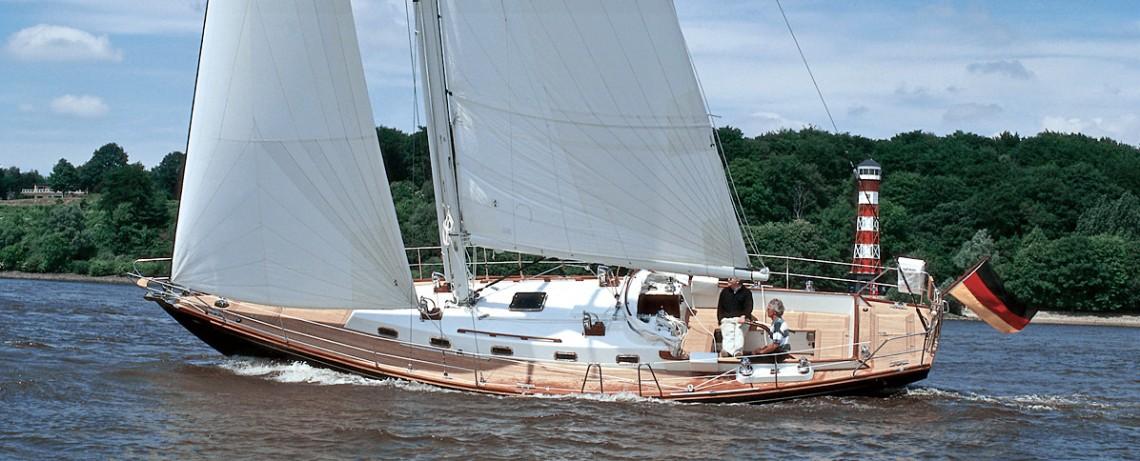 Lütje-Yachts About slide 04